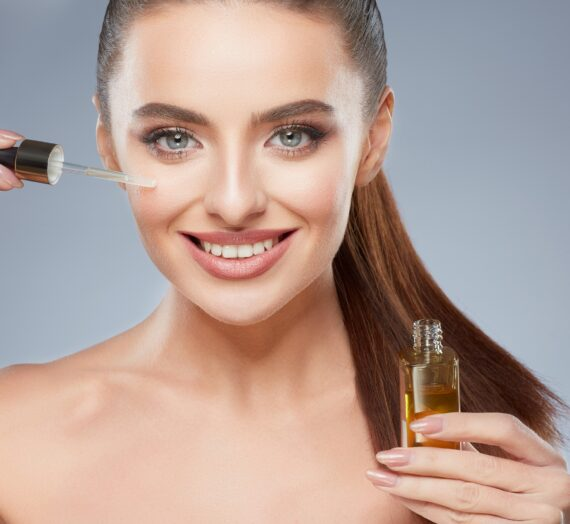 Top 7 Essential Oils for Skin Tightening (Anti-Aging)